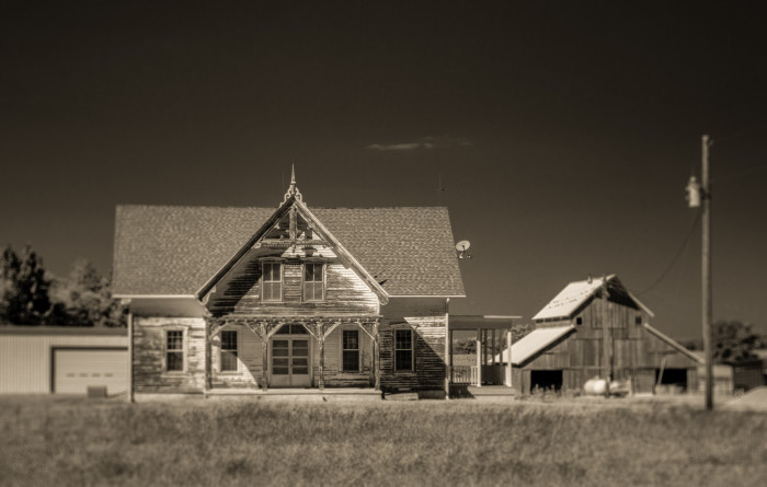 Stunning Architecture on a Farm Near Beatrice