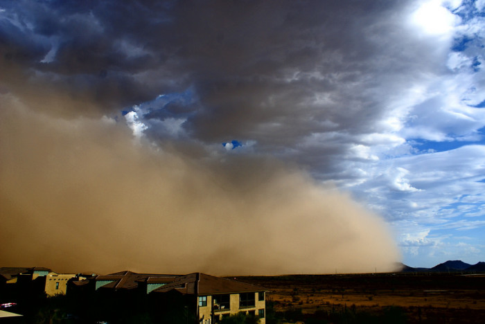 5. Another dramatic view of a dust storm/haboob rolling into Phoenix.