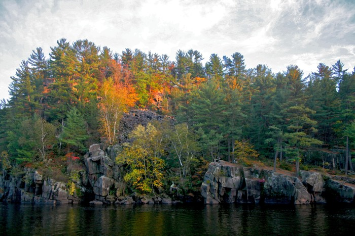 7. At Interstate State Park you can skip the tables and find your own lookout spot on the cliffs for some extra special scenery.
