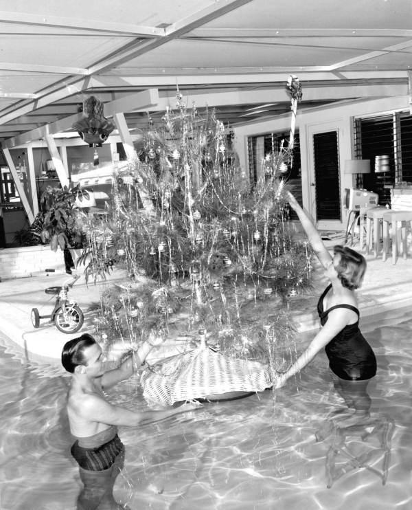 12. Floating Christmas Tree