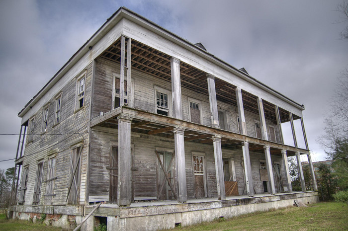 10 Haunted Places In Louisiana