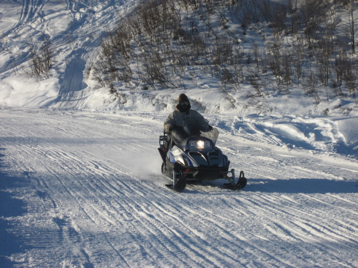 5) Do people drive around on snowmachines?