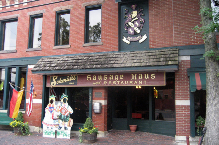 5) Schmidt's Sausage Haus (German Village)