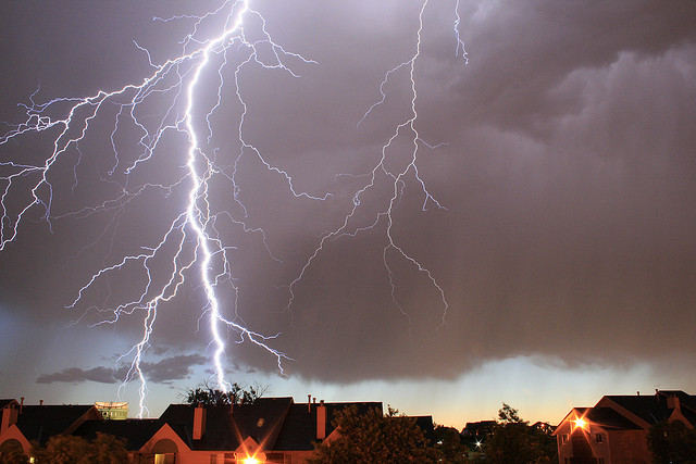 This Lightning Looks Dangerously Close to the Houses in La Vista