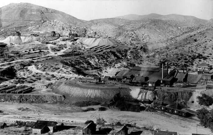 8. Here is a look at the mines in Globe back when it existed in Arizona Territory. (c. 1898)