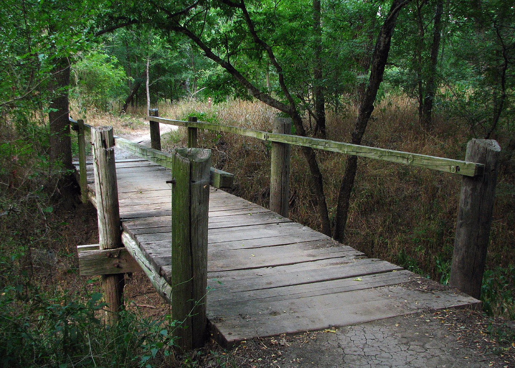 8 Of The Most Famous Creepy Urban Legends In Texas