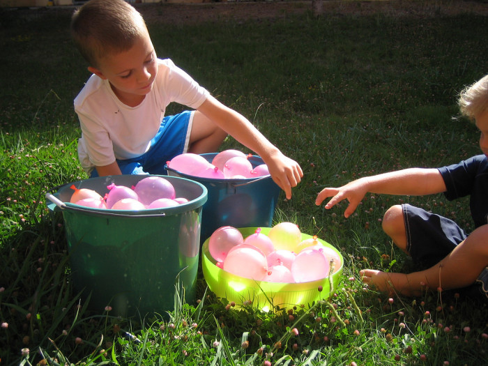 9) Have a water balloon fight