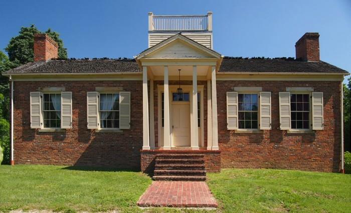 3. The Col. William Jones Home