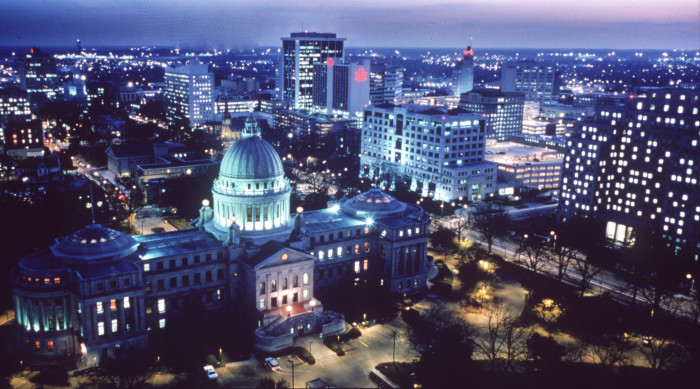 3. Just because you're moving to Mississippi doesn't mean you'll miss out on big city amenities. With large cities like Jackson, Hattiesburg, Biloxi, and Gulfport, you can expect to experience the same amenities you've grown accustomed to in any other state.