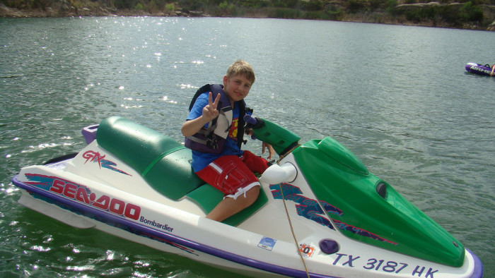 6) Take a jet ski, boat or kayak out on the lake for the day!