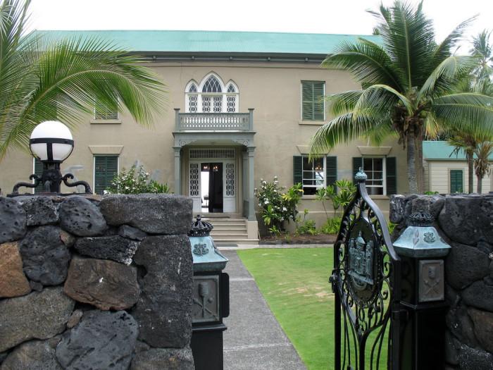 4) Hulihe'e Palace