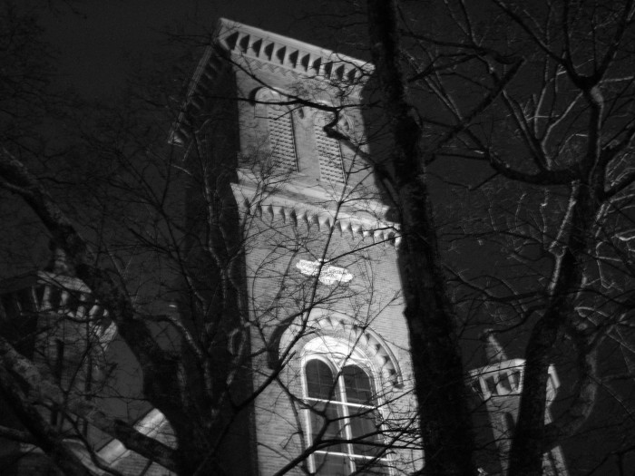 4. This picture of an Oxford steeple looks like it came straight out of a horror movie.