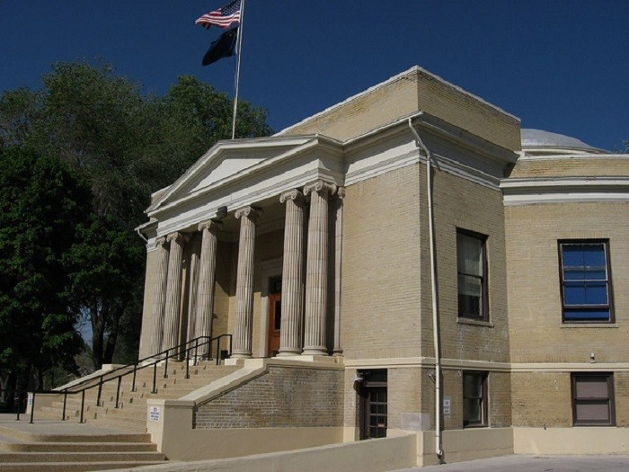 4. The first round courthouse built in the U.S. was the Pershing County Courthouse, which is located in Lovelock, Nevada. This unique courthouse was built in 1920-21.