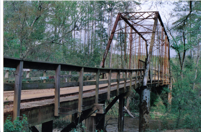 5. This is Stuckey's Bridge, which is supposedly haunted, and from the looks of it I'd say that's believable!