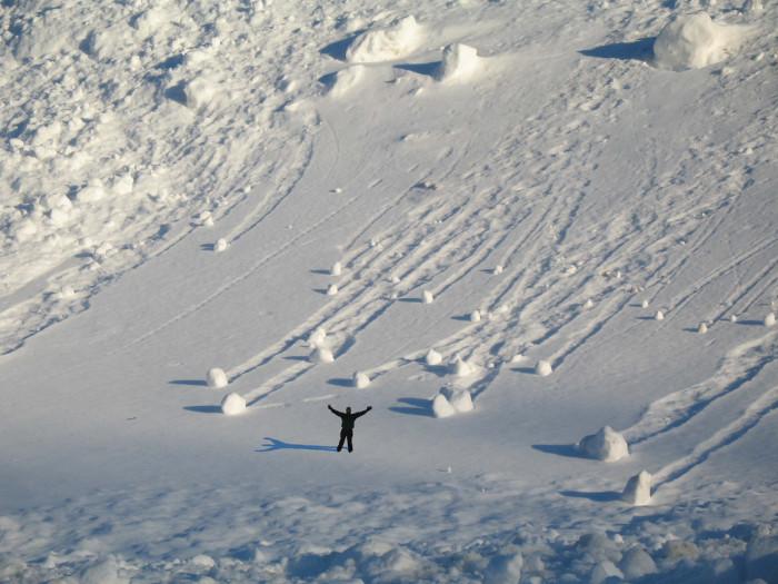 13) Snow pile