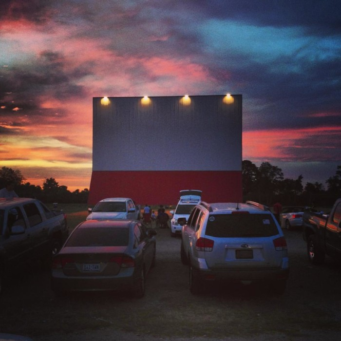 Movie theatre in lancaster texas
