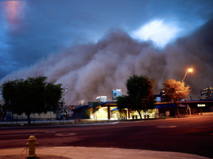 7. Dust takes over downtown Phoenix.