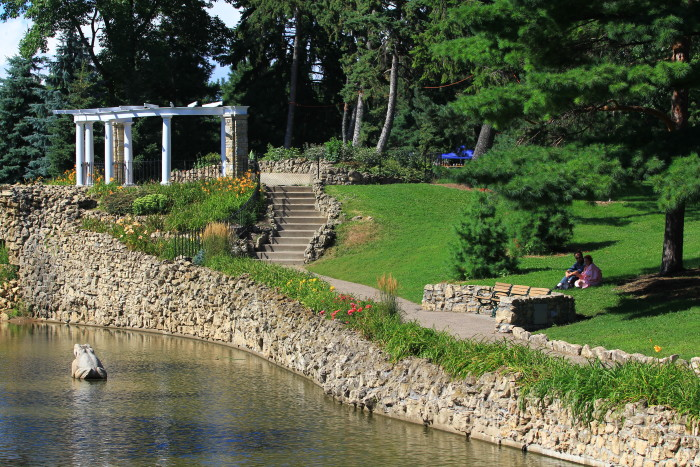 3. Como Park has everything you could ever want in St. Paul with scenery and activities for the whole family.