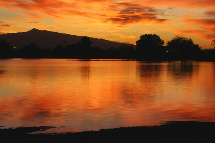 5. A view of the dawn at Kennedy Lake in Tucson.