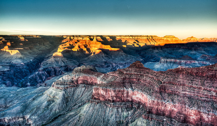 8. The Grand Canyon in winter looks surreal.