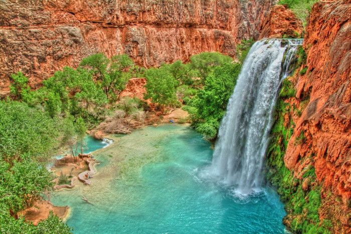 15. Havasu Falls and the confluence already look stunning in person but this brings out more of the beauty.