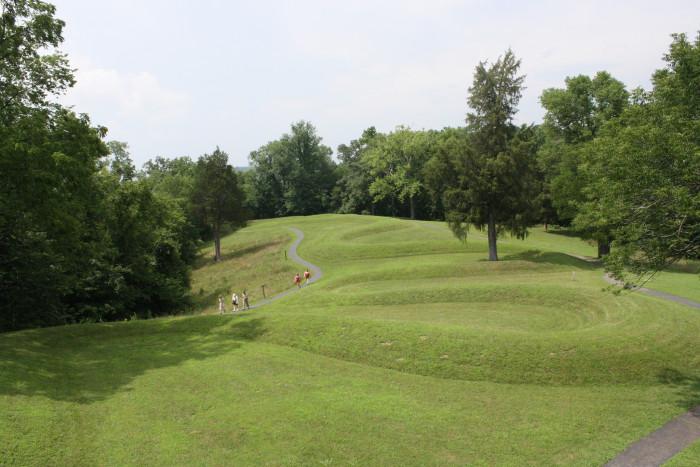 1) Great Serpent Mound (Peebles)