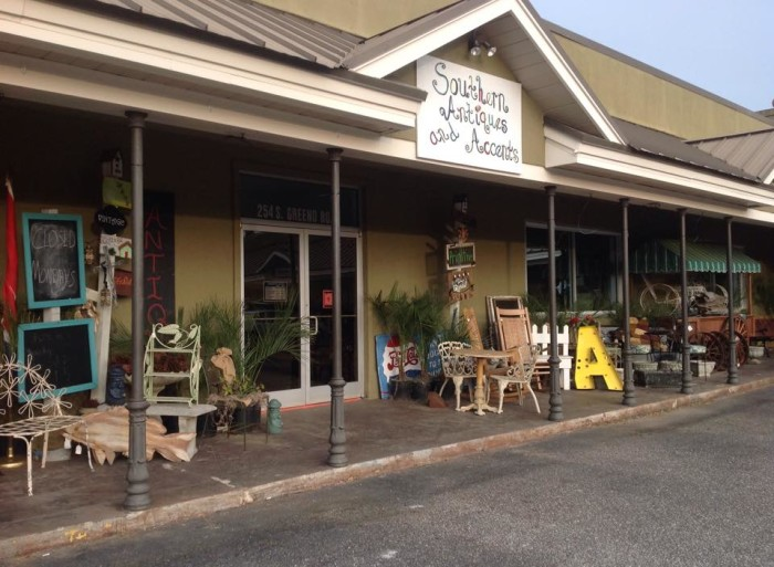 5. Southern Antiques and Accents - Fairhope, AL