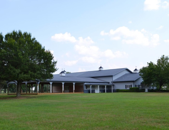 8. The Barn at Twin Valley - Prattville, AL