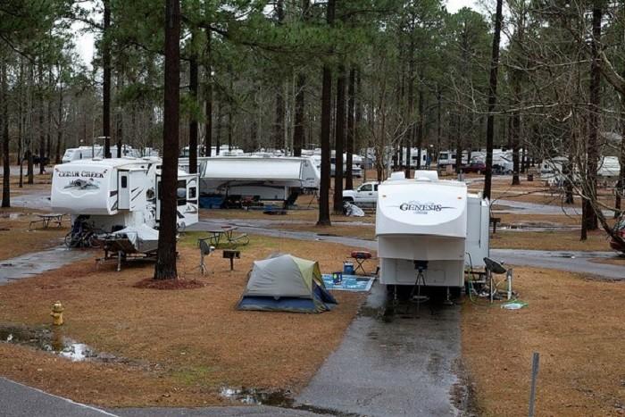 Facebook/Lakepoint State Park Alabama