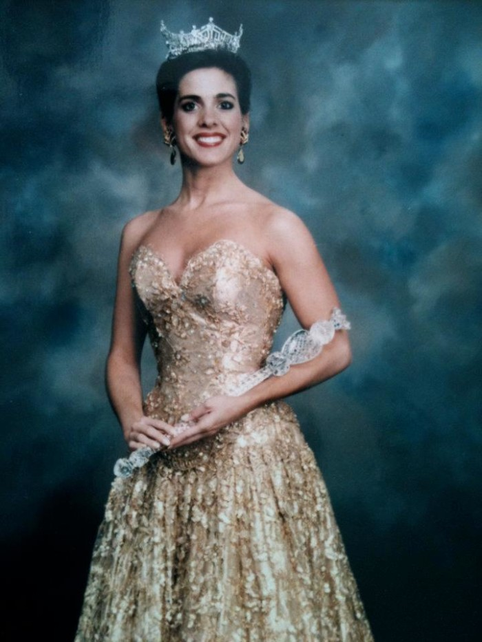 4. In 1995, Alabama produced the first Miss America (Heather Whitestone) with a disability.