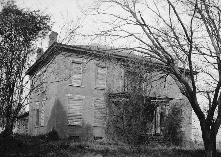 10 Very Haunted Places In Alabama