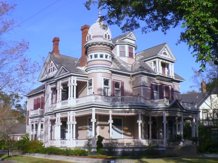 8 Unique Houses In Alabama