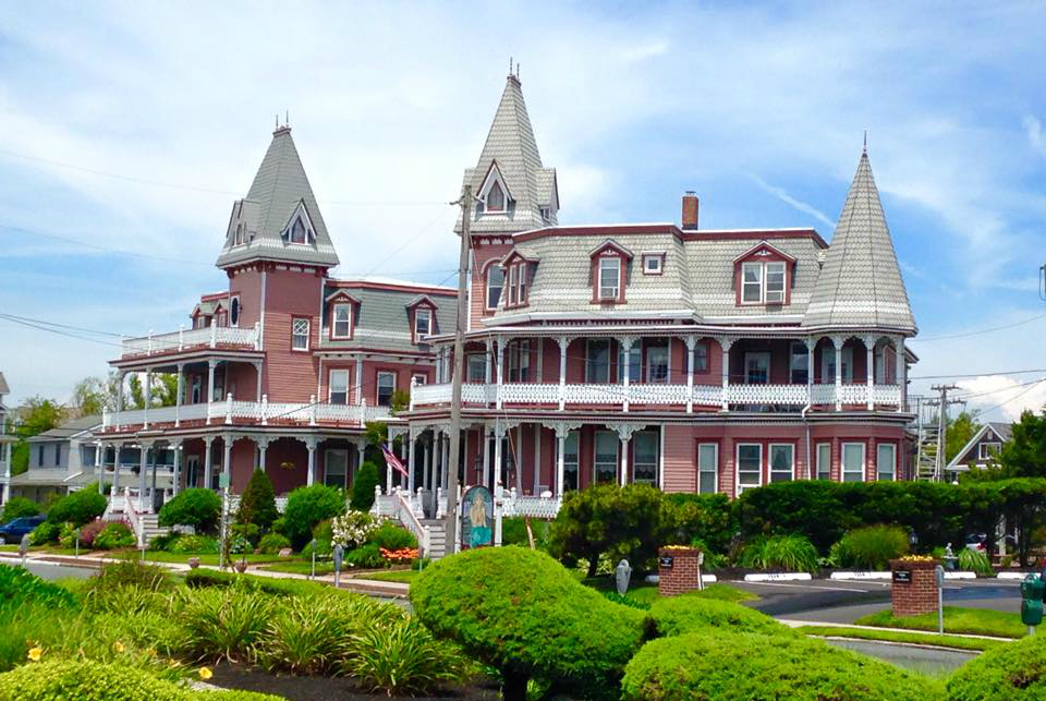 Haunted hotels in new jersey for Pennsylvania hotel new york haunted