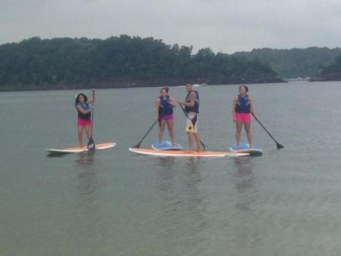 8. Paddle Surf