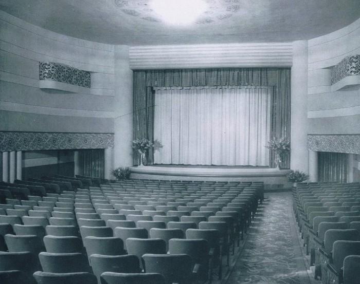 6) Cameo Theatre, Newberg