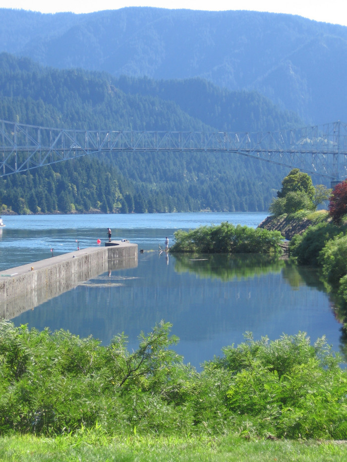 11) Cascade Locks Marine Park