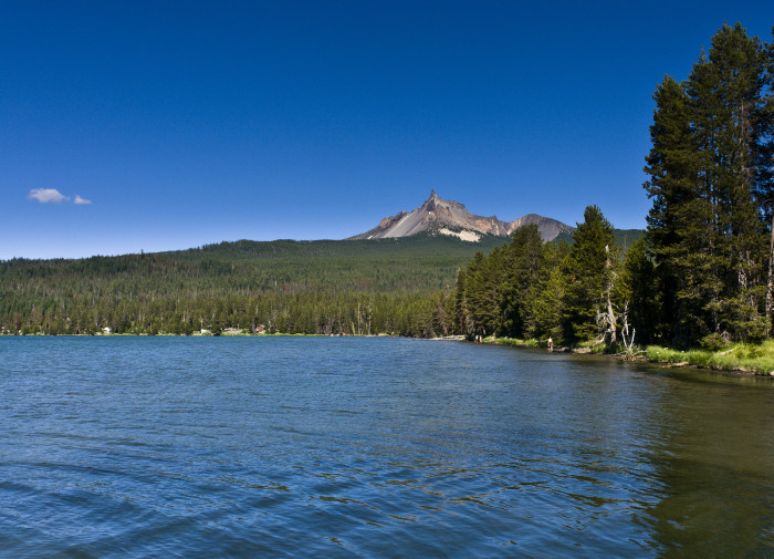 8) Diamond Lake