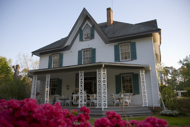 4. Edgewood Plantation Bed and Breakfast, Charles City