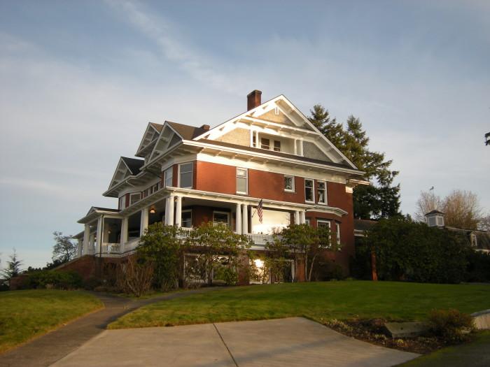 10. Rucker Mansion, Everett