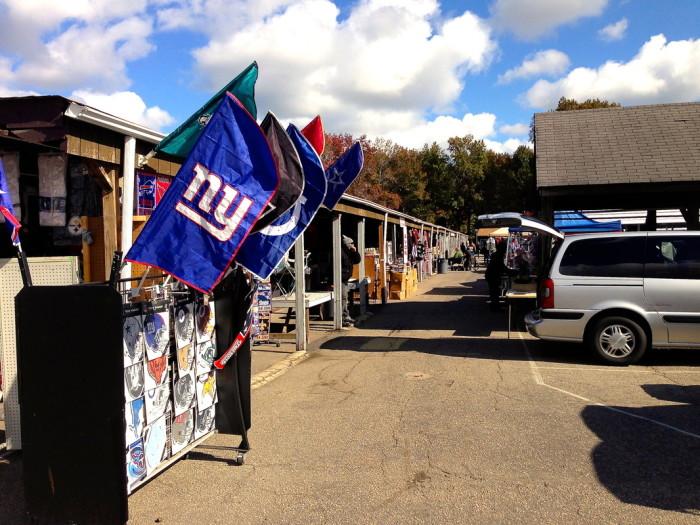 Flea Market of Norfolk outside