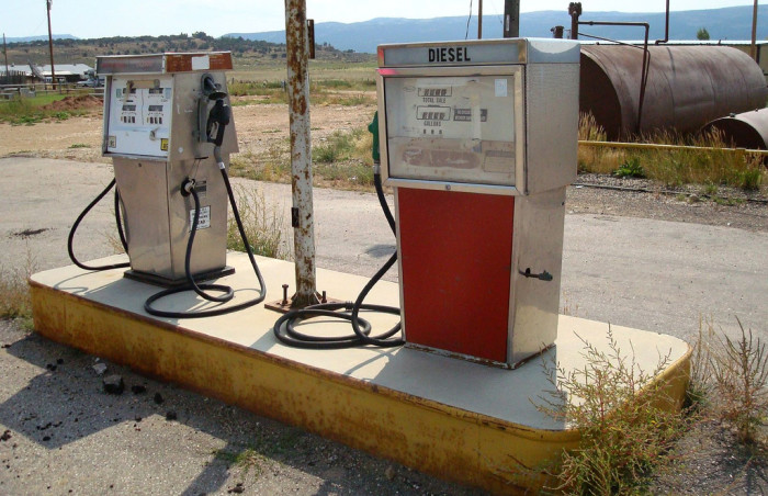 3) Gas Station, Fruitland