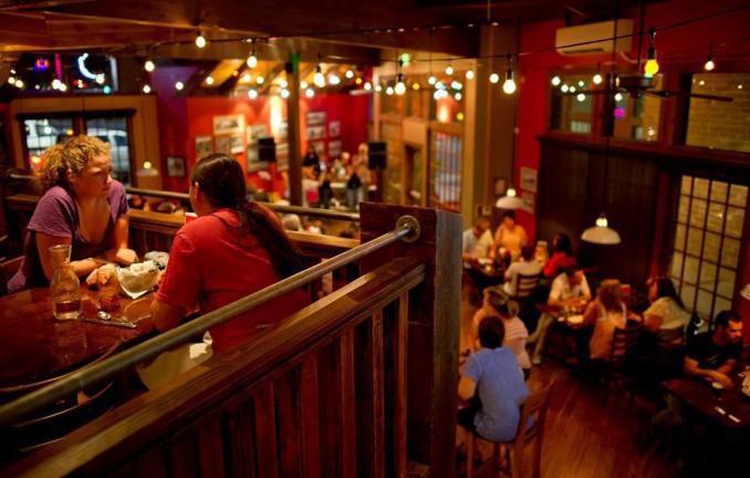 2) George's Corner Restaurant and Pub, St. George