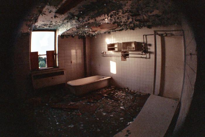 These 7 Creepy Asylums In Michigan Are Still Disturbing