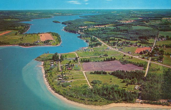 7) Lake Charlevoix