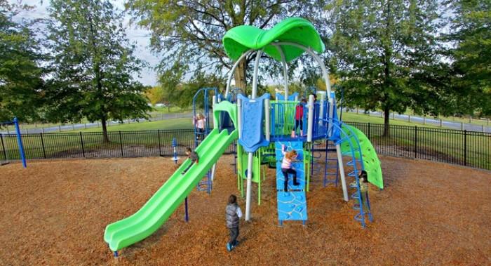 6) Memorial Park - Hendersonville