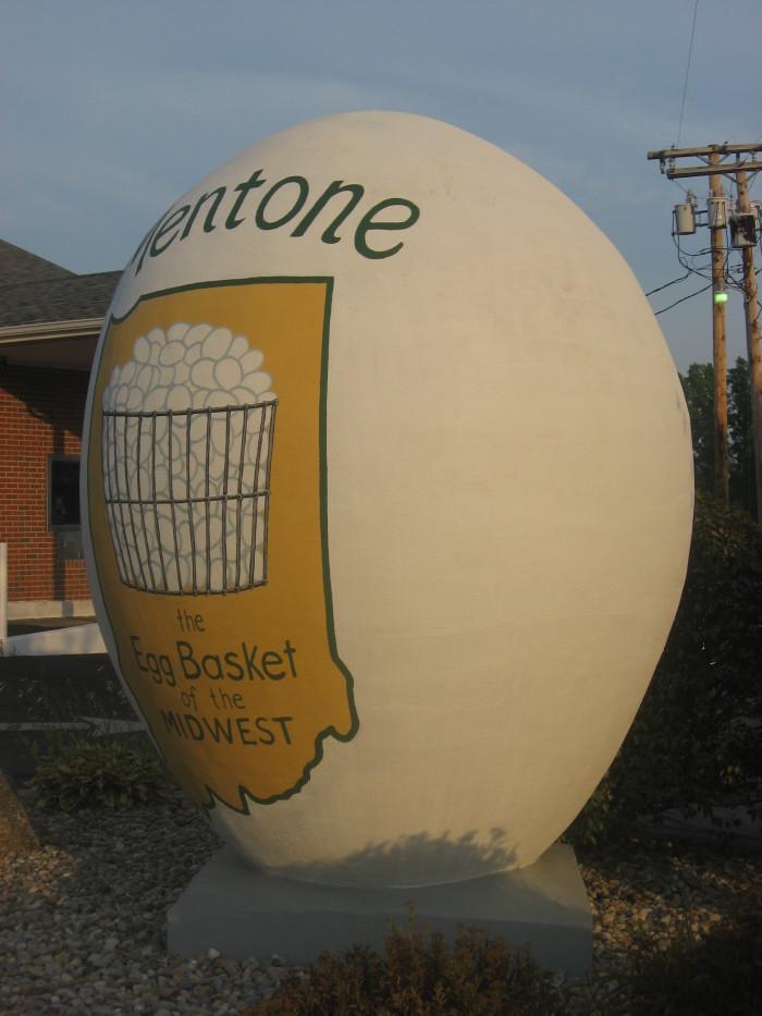 Mentone_egg_vertical
