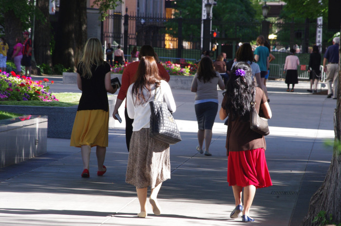 17) Sometimes for the sake of modesty, Utah women have a slightly off-kilter sense of style. You'll see them wearing knee shorts, tank tops with a t-shirt underneath, calf-length skirts, and maxi dresses (also with a t-shirt underneath).