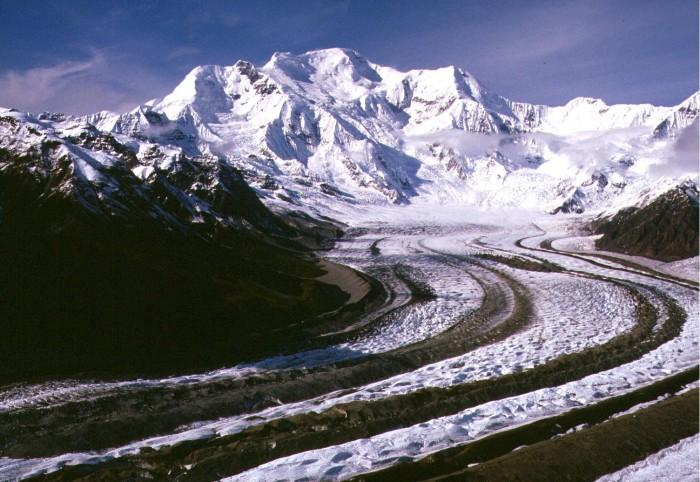 3) Mount Blackburn