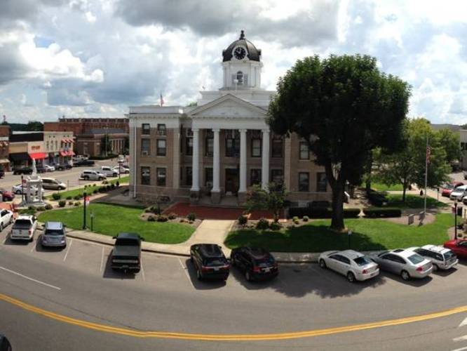 The 10 best small towns the 10 best small towns to visit for Best small towns in tennessee to live