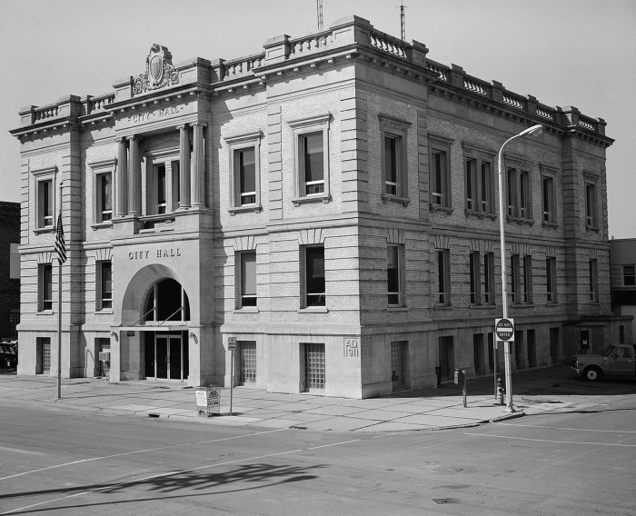 2. Grand Forks City Hall in Grand Forks, North Dakota.